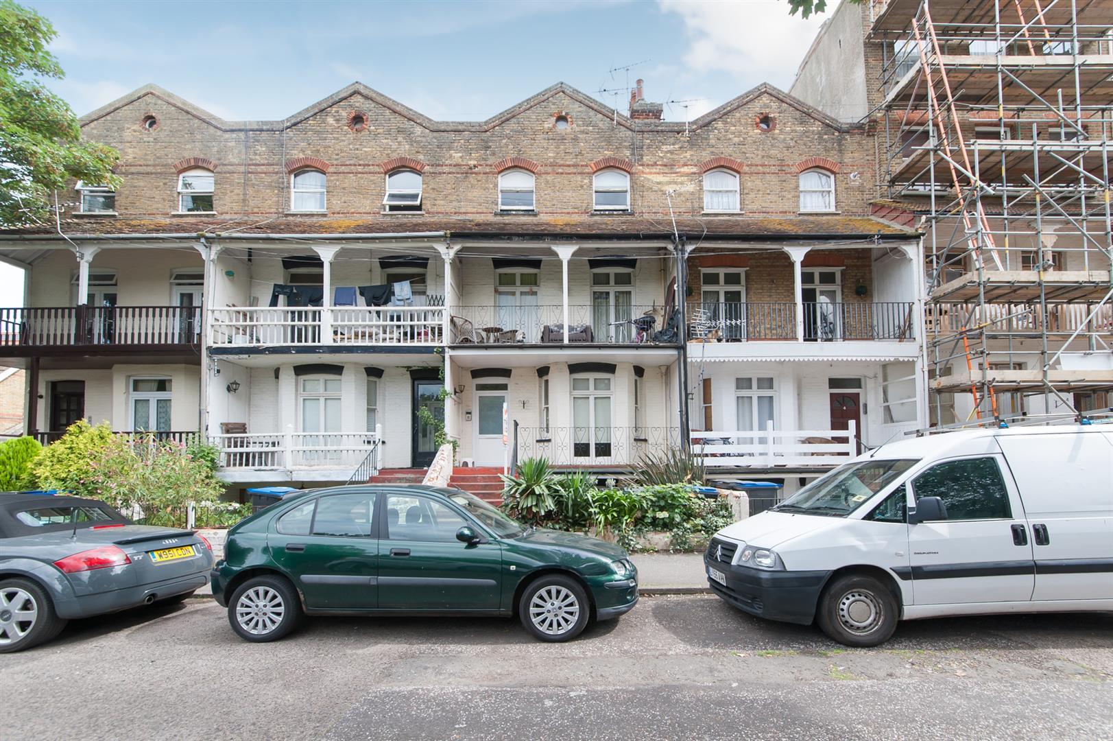 1 Bedroom Flat for sale in Adrian Square, WESTGATE-ON-SEA